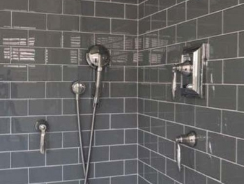 Bevelled Dark Grey Subway Tiles 10x20